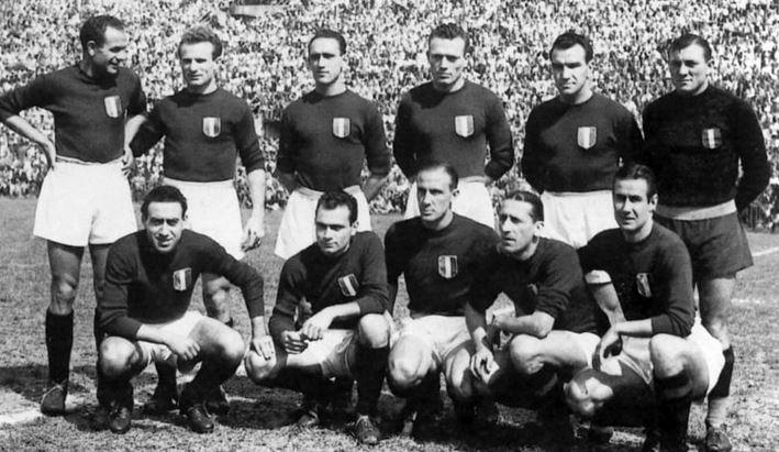Photo of Dodici favole sulla meravigliosa storia d'una società di calcio che è diventata mito: il Torino