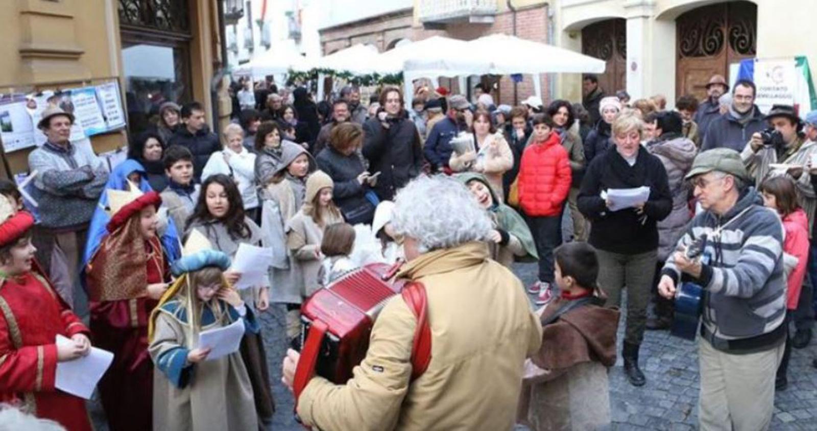 """Photo of """"Oro, Incenso, Mirra"""", nove presepi del Monferrato astigiano tra degustazioni e prodotti tipici"""