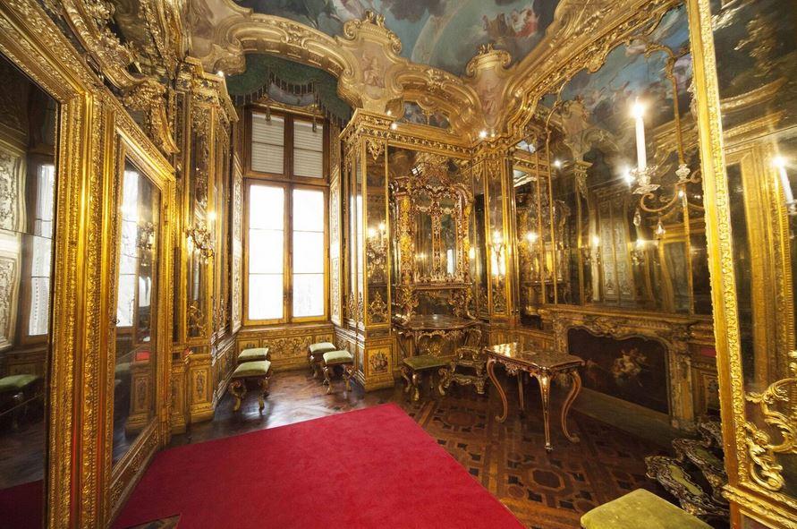 Photo of Il Gabinetto del Segreto Maneggio torna all'antico splendore: le visite a Palazzo Reale