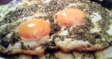 Quando in tavola la semplicità paga: le uova al cirighèt