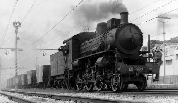 Photo of Le locomotive a vapore rivivono viaggiando tra Langhe e Monferrato