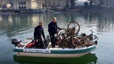 Photo of Decine di bici recuperate dai vigili nel Po in zona Murazzi
