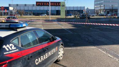 Photo of Sperona l'auto della ex e le dà fuoco: grave quarantenne