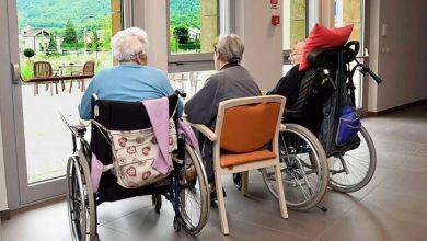 Photo of Derubava anziani nella casa di riposo, Oss denunciata e licenziata