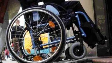 Photo of Per portare a casa familiare dall'ospedale ruba sedia a rotelle