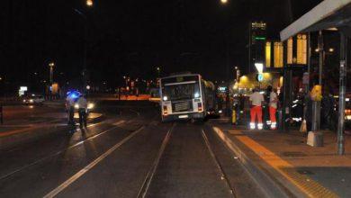 Photo of Giovane travolto e ucciso nella notte da autobus Gtt