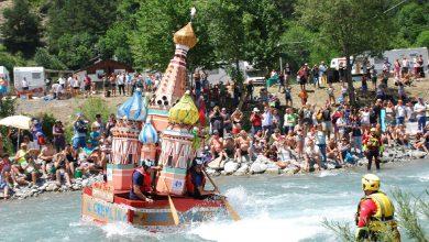 Photo of Una sfida unica al mondo su canoe fatte di cartone e nastro adesivo