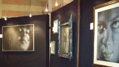 Photo of Ritratti e dipinti spaziali di Massimo Berruti a Cortemilia
