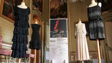 """Photo of Le storiche """"maison"""" torinesi  in mostra con abiti e bozzetti originali"""