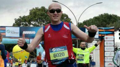 Photo of Gli diagnosticarono il morbo di Crohn, fra qualche giorno correrà la maratona