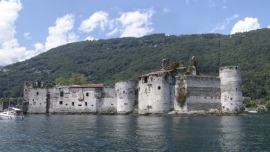 """Photo of Rinascono i castelli di Cannero: da fortezza della """"Malpaga"""" a roccaforte dei Borromeo"""