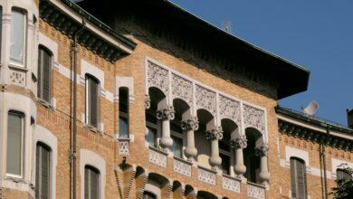 Photo of Un Almanacco dedicato a balconi, terrazze, bovindo dei palazzi storici torinesi